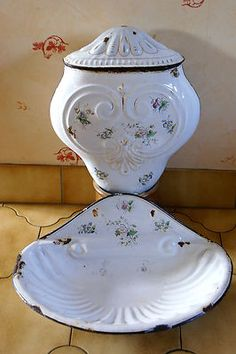 Gorgeous Shabby Chic French Floral Enamelware Graniteware Lavabo Basin Fountain | eBay