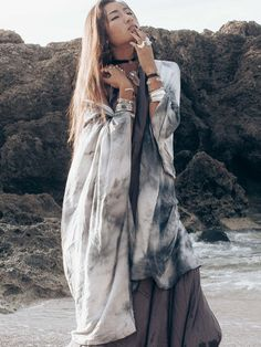 Storm Chaser Kimono – Shop Dixi