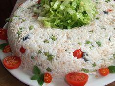 Rosca de arroz frío con atún y guisantes. Ver la receta http://www.mis-recetas.org/recetas/show/29784-rosca-de-arroz-frio-con-atun-y-guisantes #arroz #verano