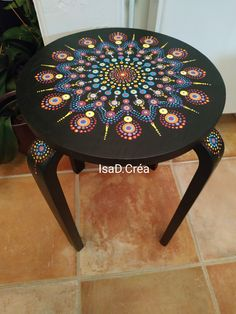 Dot Art Painting, Mandala Painting, Stone Painting, Painting On Wood, Mandala Canvas, Mandala Dots, Mandala Design, Painted Chairs, Hand Painted Furniture