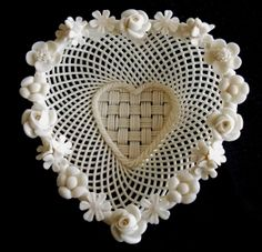 Belleek Ireland 1921-54 Woven Heart Basket with Flowers Around Rim-Ivory | eBay