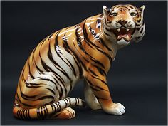 1970s Ceramic Tiger: http://www.fearsandkahn.co.uk/certiger.htm #Vintage #Design #Interiors