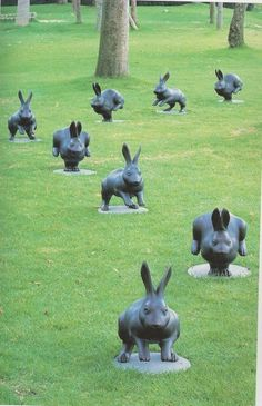 Garden art sculptures - 27 Awesome Garden Statues To Add An Artistic Your Outdoor – Garden art sculptures Animal Sculptures, Sculpture Art, Garden Sculptures, Rabbit Sculpture, Lapin Art, Rabbit Art, Rabbit Garden, Bunny Art, Bunny Bunny