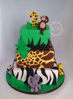 Safari Birthday Cake Safari Jungle Birthday Cake My Cakes 2017 Pintere… Cake 1 Year Boy, 1 Year Old Birthday Cake, Jungle Birthday Cakes, Jungle Theme Cakes, Boys 1st Birthday Cake, Animal Birthday Cakes, Safari Cakes, Homemade Birthday Cakes, Birthday Cake Toppers