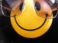 Smiley by lilo-hela on DeviantArt Funny Emoji Faces, Smiley Faces, Smileys, Happy People, Emoticon, Happy Quotes, Peace And Love, Army, Happiness