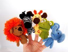 finger puppets birthday party crocheted lion giraffe by crochAndi
