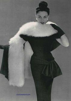 Balenciaga, 1953.
