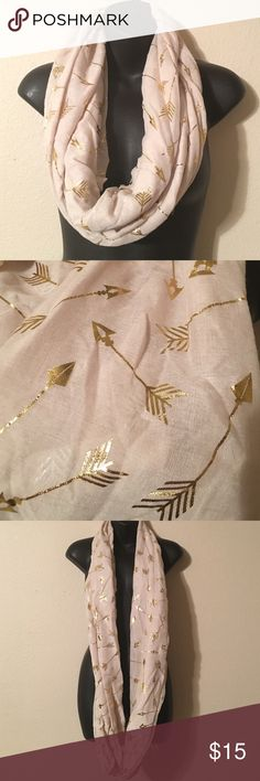 Warm Fashion Scarf Cream colored loop scarf. Has gold arrows and can be worn with just about anything. Accessories Scarves & Wraps