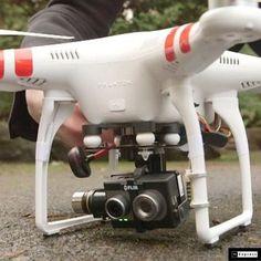 FLIR DUO CAMERA A Duo ötvözi a hőképes felvételt (1080p video), a népszerű akció kamera méretével és alakjával. Nem csak a Duo rögzíti a digitális video fájlokat, hanem az ingyenes FLIR Tools szoftvercsomagban is rögzítheti az állóképeket.PWM bemeneteken keresztül akár két kamerafunkciót is vezérelhet, és konfigurálhatja a fényképezőgép rögzítési és vezérlési beállításait a Bluetooth-on keresztül az intuitív FLIR alkalmazással. Keresd webáruházunkban raktárról www.dromexpert.hu/ fpvshop.hu/