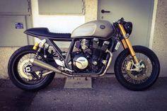 Yamaha xjr 1300 Cafe Racer Dreams
