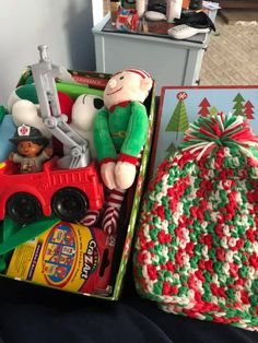 Christmas Shoe Boxes 2021 35 Creative Shoeboxes Ideas In 2021 Operation Christmas Child Operation Christmas Child Shoebox Operation Christmas