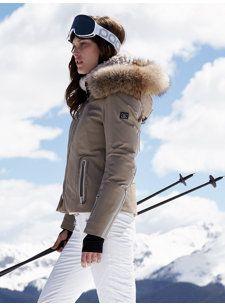 Ski Outfit Herren, Snow Fashion, Winter Fashion, Mode Au Ski, Winter Stil, Snow Outfit, Outfits Damen, Ski Wear, Fashion Mode