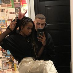Cute Couples Teenagers, Teen Couples, Cute Couples Goals, Black Couples, Couple Goals Relationships, Relationship Goals Pictures, Freaky Relationship, Skater Couple, Biracial Couples