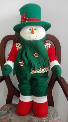 Christmas Tree Ornaments, Christmas Decorations, Holiday Decor, Raggedy Ann, Reno, Elf On The Shelf, Felting, Advent, English