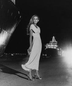 Jerry Hall, Helmut Newton, Vogue Fashion, 70s Fashion, Fashion Models, Vintage Fashion, Fashion Magazines, Classic Fashion, Vintage Magazines