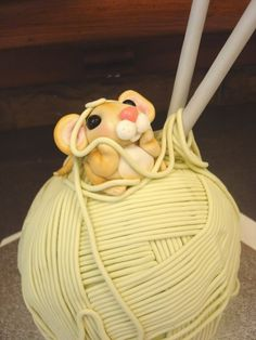 A ball of yarn cake--love this!