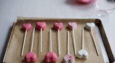 Cook with Love: Sweet Heart Cake Pops! Valentine's Day Diy, Cakepops, Creative Food, Valentines Day, Tasty, Treats, Entertaining, Cooking, Heart