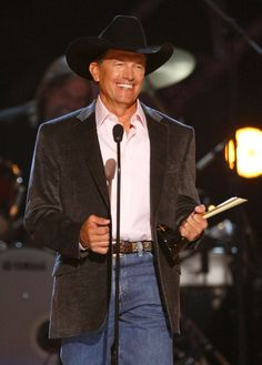 George Strait..LOVE this man and all his music. King of country! ;) ❤️❤️
