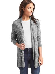 Style meets cozy comfort in these chic sweaters for women from Gap. Find women's sweaters from cardigans to pullovers in a range of colors and soft fabrics. Shawl Collar Cardigan, V Neck Blouse, Gap Women, Comfy Casual, Open Front Cardigan, Mom Style, Casual Outfits, Casual Clothes, Short Dresses