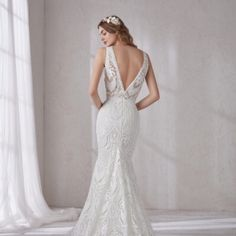Pronovias Dresses & Skirts - Never worn Pronovias wedding gown Pronovias Dresses, Wedding Goals, Photo Booth, Wedding Colors, Dress Skirt, Gowns, Wedding Dresses, Skirts, Beautiful