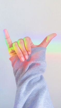promises with hope Rainbow Aesthetic, Aesthetic Colors, Aesthetic Photo, Aesthetic Pictures, Hand Photography, Girl Photography Poses, Tumblr Photography, Wallpaper Tumblrs, Tumblr Wallpaper