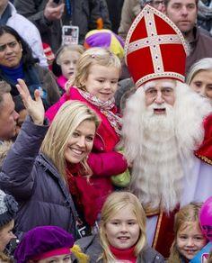 Dutch Princesses welcome Sinterklaas