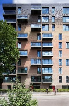 Trafalgar Place by dRMM Architects_brick color and pattern play.