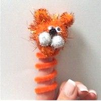 This cute little Tiger Finger Puppet will provide hours of fun for kids even after the craft time is over. Puppets give kids the opportunity to say things. Zoo Crafts, Tiger Crafts, Puppet Crafts, Camping Crafts, Animal Crafts, Safari Crafts, Girl Scout Swap, Girl Scout Troop, Girl Scouts