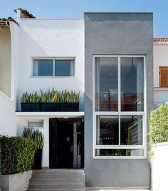 Ideas for house facade modern exterior colors Facade Design, Exterior Design, Architecture Design, Exterior Colors, Small House Design, Modern House Design, Townhouse Designs, Narrow House, Facade House