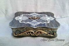 Vintage jewelry box imitation lace by Adisa Lisovac Decoupage Wooden Jewelry Boxes, Vintage Box, Casket, Little Things, Vintage Jewelry, Decorative Boxes, Photo Wall, Sterling Silver, Beautiful