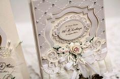 W Dniu Ślubu z pudełkiem - na biało