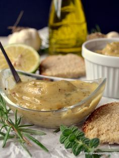 Σπιτικός αρωματικός πολτός σκόρδου - Homemade herbed garlic puree Camembert Cheese, Dairy, Food, Essen, Meals, Yemek, Eten