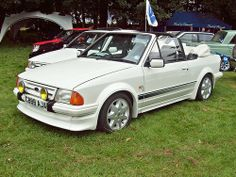 Ford Escort MkIII RS Turbo Cabriolet Never officially made by the Blue Oval, but this would have been terrific if it had gone on sale at the time. Ford Rs, Car Ford, Classic Car Show, Ford Classic Cars, Ford Specials, Ford Escort, Custom Cars, Ford Mustang, Hot Wheels