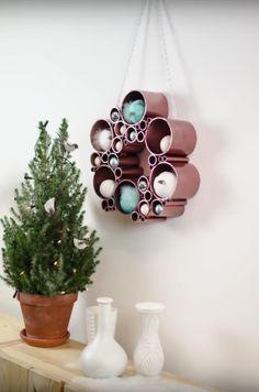 Een kerstkrans maken uit PVC buizen