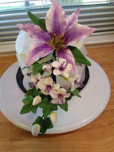Stargazer lily Gumpaste flower spray by expresssugardesigns, $12.00