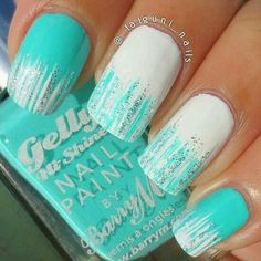 Glitter nail art designs have become a constant favorite. Almost every girl loves glitter on their nails. Glitter nail designs can give that extra edge to your nails and brighten up the move and se. Fancy Nails, Love Nails, Diy Nails, How To Do Nails, Teal Nails, Sparkly Nails, Teal Nail Art, Shellac Nails, Matte Nails