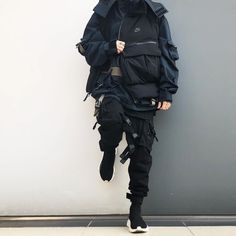 8 Clothing Tricks Most Guys Don't Know – Top Hot Gear Mode Cyberpunk, Cyberpunk Clothes, Cyberpunk Fashion, Japan Fashion, Emo Fashion, Dark Fashion, Gothic Fashion, Fashion Styles, Style Fashion