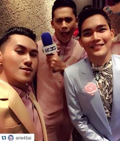 """#Repost @arie45ai with @repostapp.  Back stage moment!  Fashion show by @yudhistira_tyra 'dusty pink' Make up by @studiomakeupid  Hair do by @toney.mlk """" Pesona Valentine"""" @ The Maestro Function Hall Plaza Indonesia  #model #malemodel #femalemodel #fashion #fashionista #fashionweek #fashiondaily #fashiondesign #fashionable #fashionblogger #fashionshow #fashionphotography #fashiondesigner #fashionstyle #makeupartist #hairdo #gorgeous #fierce #valentineday #pink #instadaily #instafashion…"""