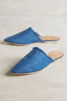 Shop the Jeffrey Campbell Doshi Frayed Denim Slides and more Anthropologie at Anthropologie today. Read customer reviews, discover product details and more.