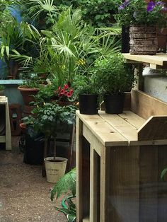 Make your life easier when potting up your garden plants. This garden potting bench is ideal for small city gardens, made from tanalised timber so suitable for outside use in all weather conditions. Available in wood or a choice of 6 colours. This item comes flat pack in 6 component parts with easy to assemble instructions.  Constructed from tanalised timber .
