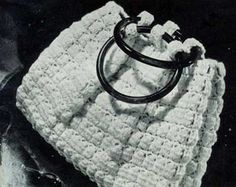 Crochet Bag No. 2786, pattern originally published by Clark's O.N.T. J Coats as Bags, Book 228.