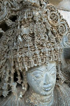 """Craftsmanship, once upon a time. As if it were sculpted by bolts of lightning, and draped by flashes of the purest light. Indian Temple Architecture, India Architecture, Ancient Architecture, Ancient Egyptian Religion, Ancient Aliens, Ancient Art, Temple India, Stone Carving, Indian Art"