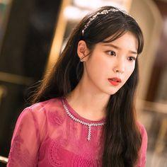 Korean Celebrities, Celebs, Long Red Hair, Queen Pictures, Cute Girl Photo, Angelababy, Korean Actresses, Natural Looks, Korean Singer