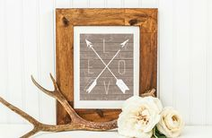 Want free art for your home? Here are six new free farmhouse printable art pieces from our collection. Word art with rustic wood-look back grounds, arrows, laurels and more. Inexpensive Curtains, Burlap Wall, Burlap Background, Shabby Chic Curtains, Frame Display, Printable Art, Free Printables, Christmas Home, Word Art