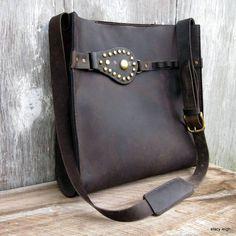 Équestre harnais Vintage Cross Body sac à bandoulière en cuir vieilli marron foncé par Stacy Leigh