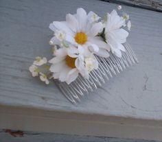 hippie flower wedding hairpiece, bridal hair accessories, daisy hair comb, Flower Crown hairwreath Hippie flower power Babys Breath