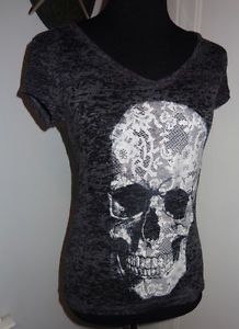 Ladies Punk Rocker Hot Topic Skull shirt - Burnout Material size M/L Totally <3 !