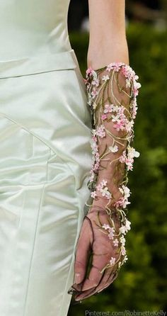 Christian Dior Haute Couture   S/S 2013 Details