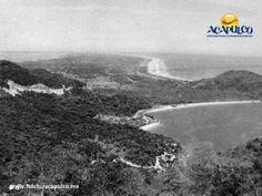 #acapulcoeneltiempo La apertura de la carretera Escénica en Acapulco. ACAPULCO EN EL TIEMPO. A principios de la década de los años 50, en Acapulco se festejaba la apertura de la carretera Escénica, la cual permitía visitar por tierra puntos más alejados del puerto como lo que hoy forma parte de la zona diamante. Te invitamos a visitar la página oficial de Fidetur Acapulco, para obtener más información.