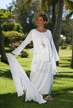 Loose fit natural white silk tunic and skirt. I love everything about this; the scoop neck, layered-look tunic, long sleeves, long skirt...